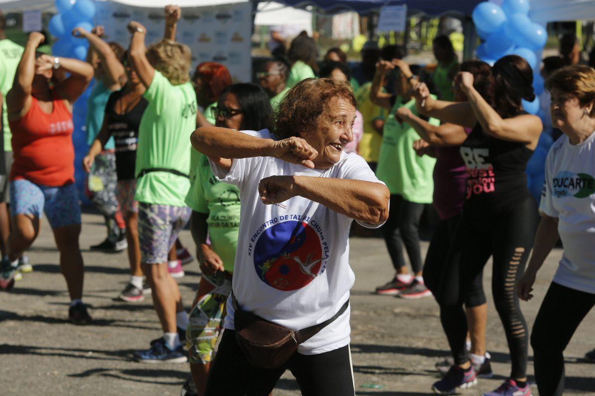 Moradores da região de Vila Isabel participam de atividade da Vila Itinerante