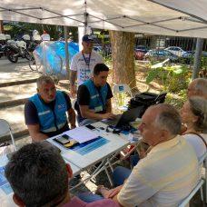 Mais de 200 idosos fizeram na hora seu cartão de estacionamento. Foto: Divulgação