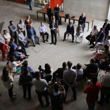 Gabinete de crise para tratar do coronavírus se reuniu na manhã desta terça-feira, na Cidade das Artes. Foto: Marcos de Paula / Prefeitura do Rio
